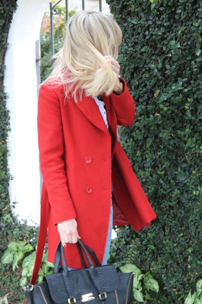 Mirella Sobretudo vermelho 8