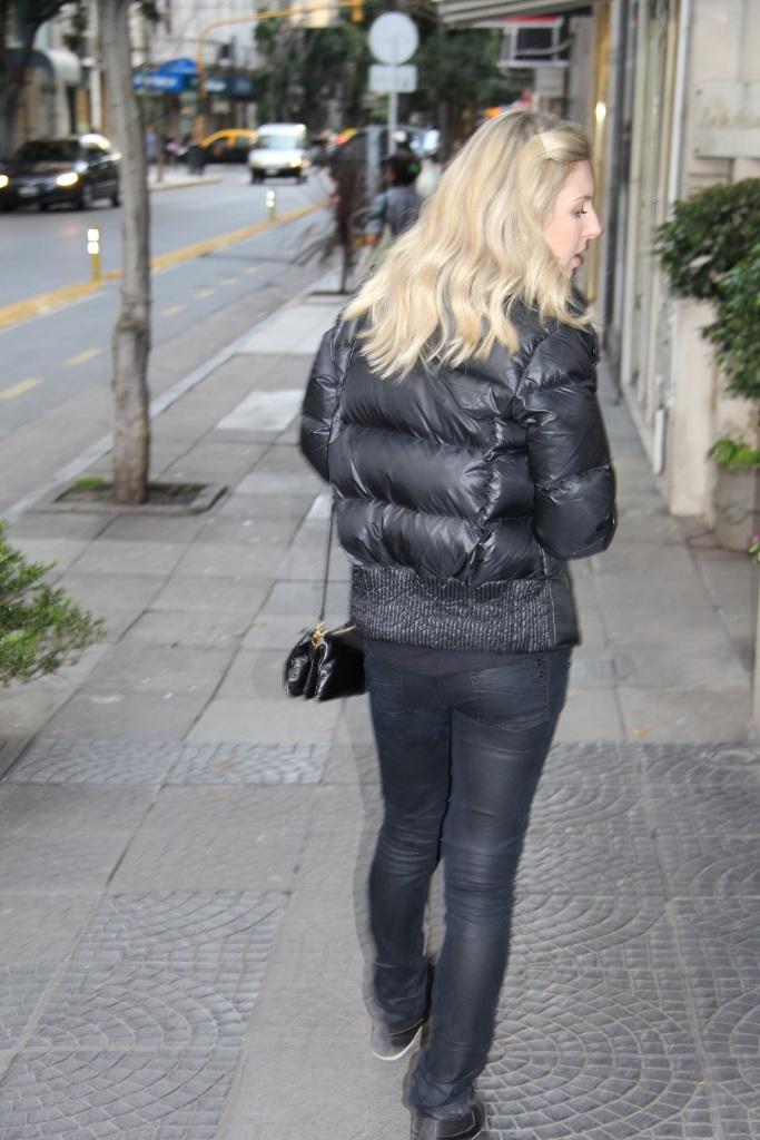 Mirella Buenos Aires all black 1