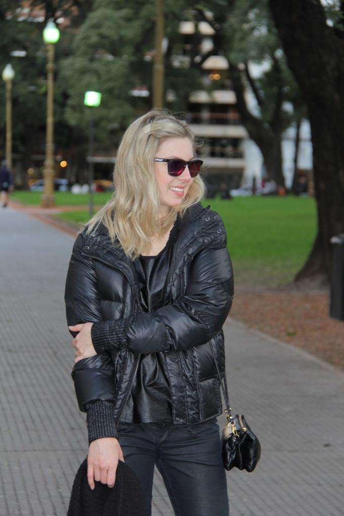 Mirella Buenos Aires all black 3