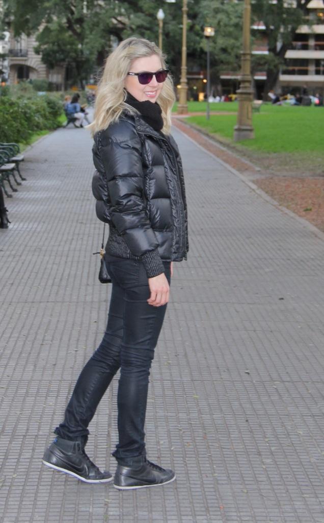 Mirella Buenos Aires all black 6