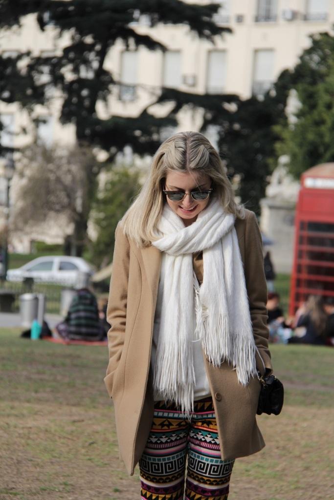 Mirella Buenos Aires calça étnica 17