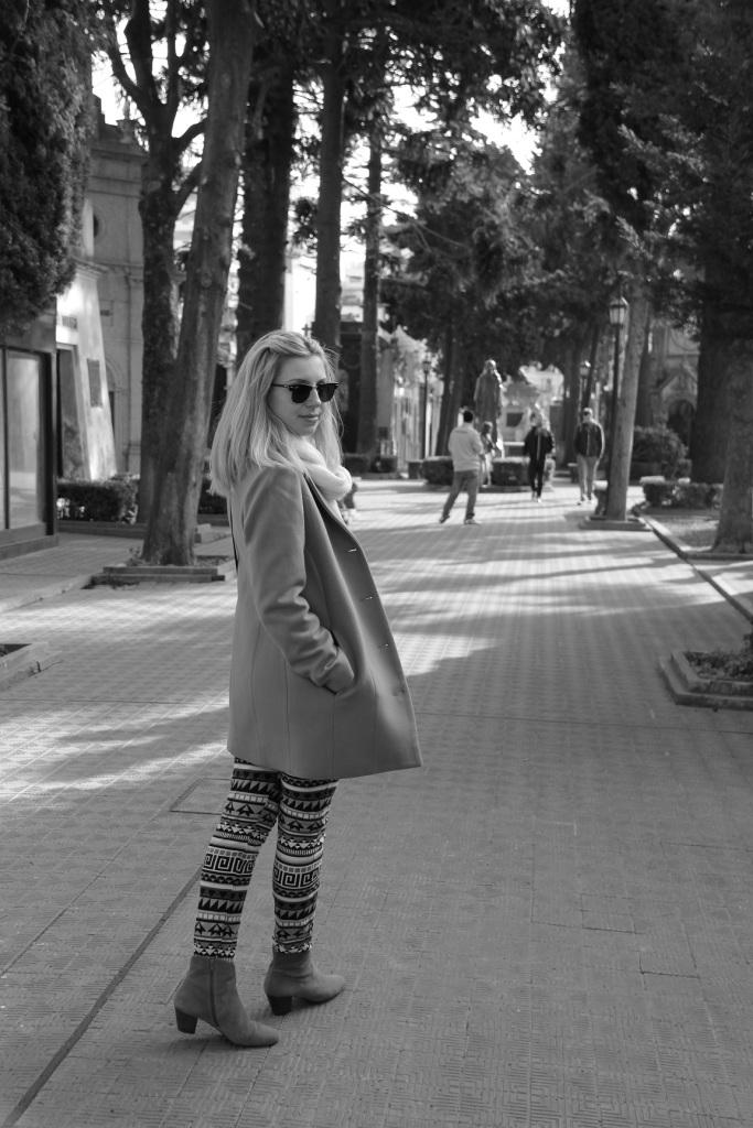 Mirella Buenos Aires calça étnica 8