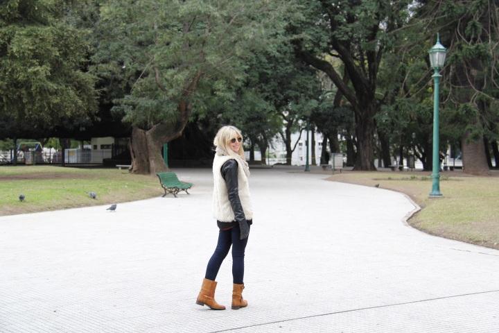 Mirella Buenos Aires colete pelo 5