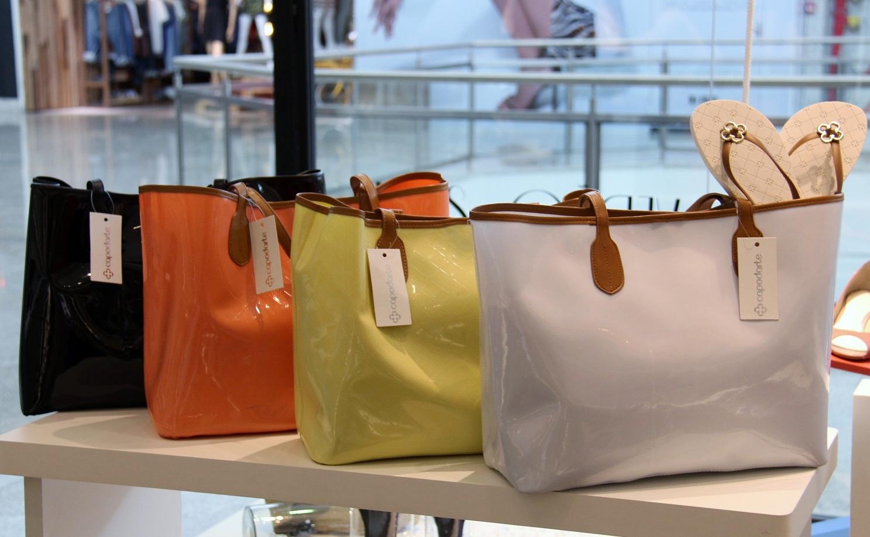 Bolsa Feminina De Couro Capodarte : Bolsa feminina de couro capodarte car interior design