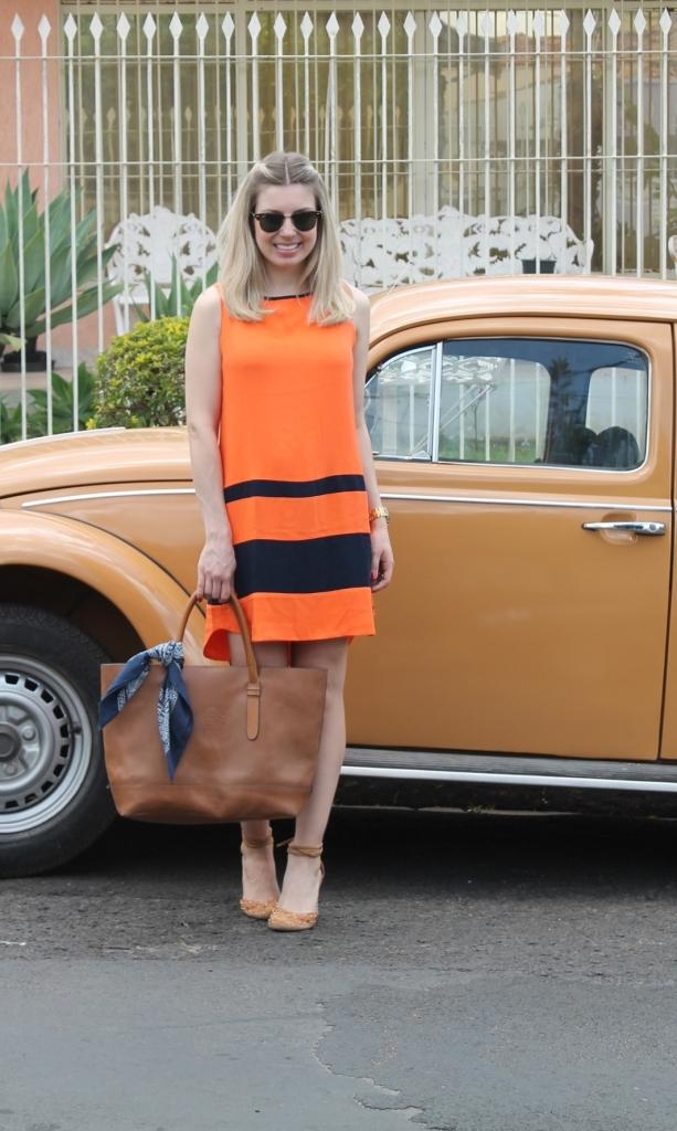Mirella vestido laranja com marinho 11