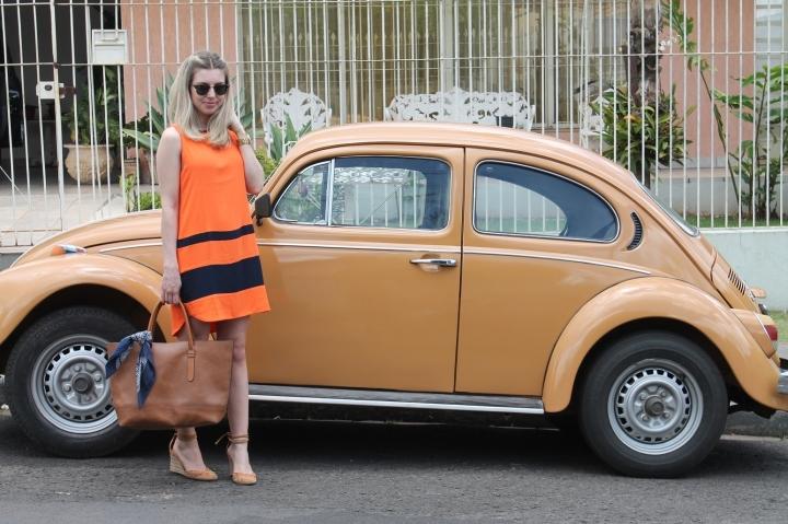 Mirella vestido laranja com marinho 2