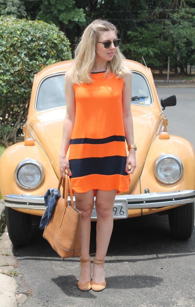 Mirella vestido laranja com marinho 3