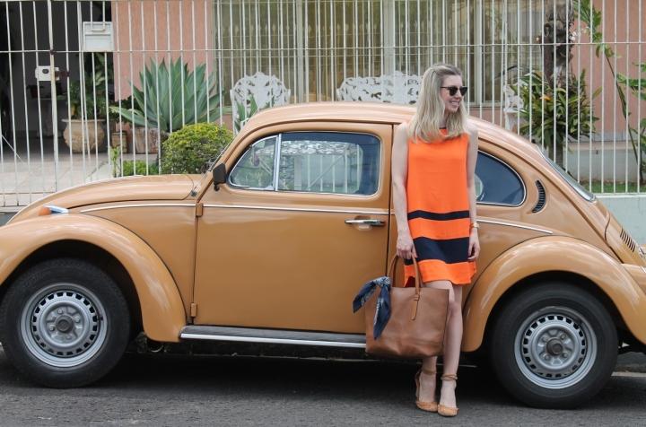 Mirella vestido laranja com marinho 7