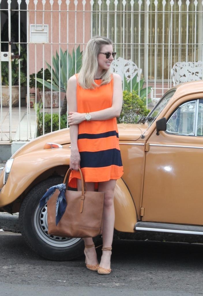 Mirella vestido laranja com marinho 8