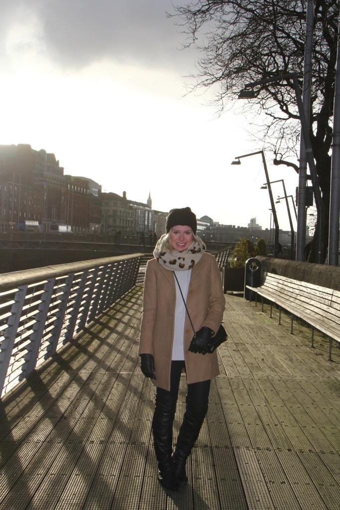 Mirella camel coat Dublin 17