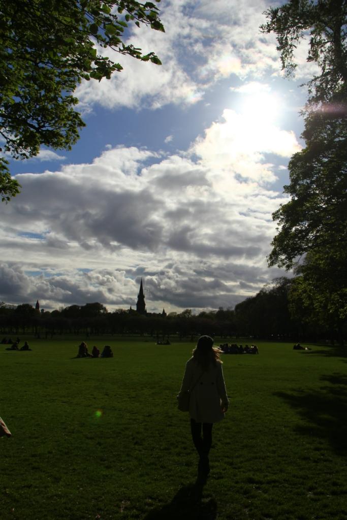 Mirella Edimburgo 25