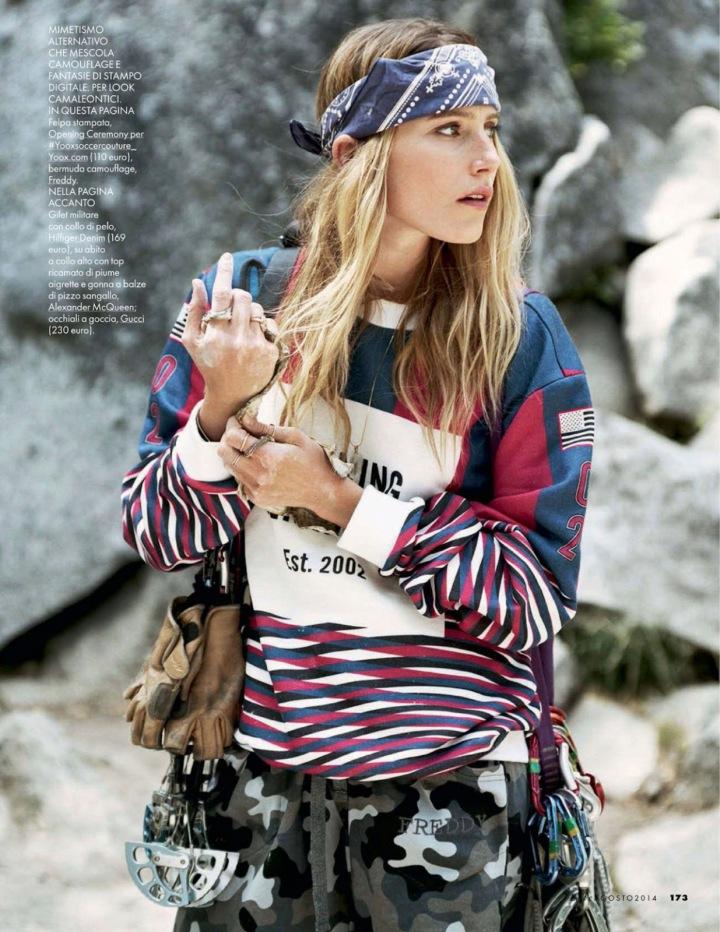 Elle Italia - Agosto 2014 (dragged) 24