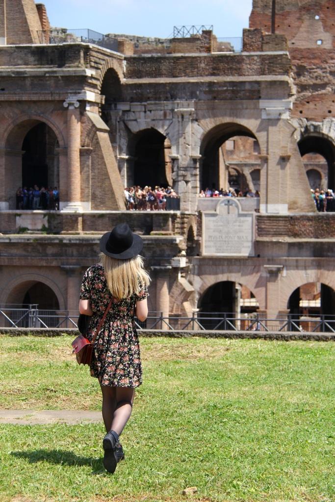Mirella Roma vestido floral 10