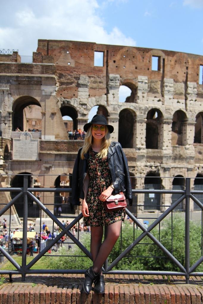 Mirella Roma vestido floral 17