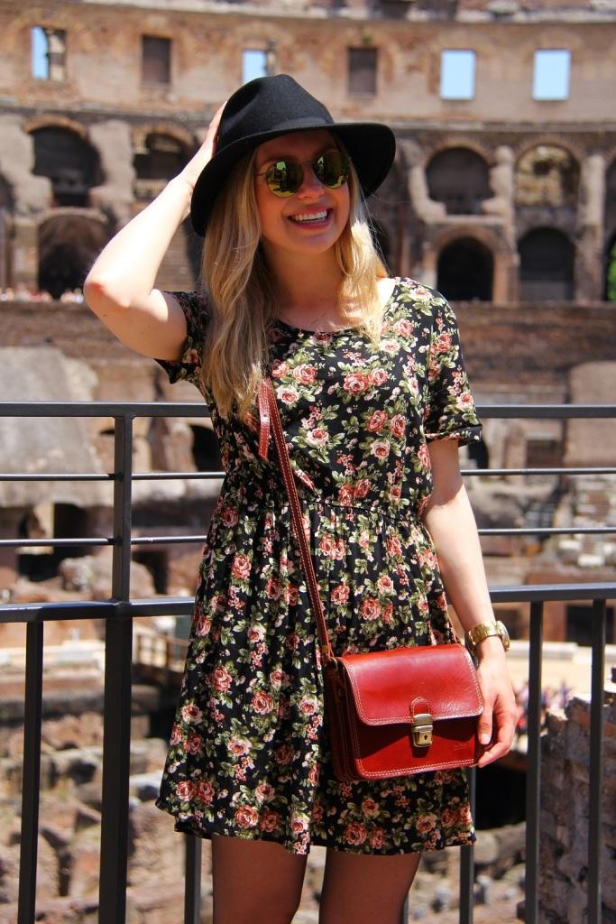 Mirella Roma vestido floral 7