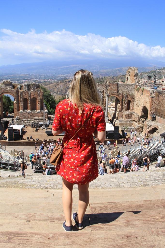 Mirella vestido vermelho 5
