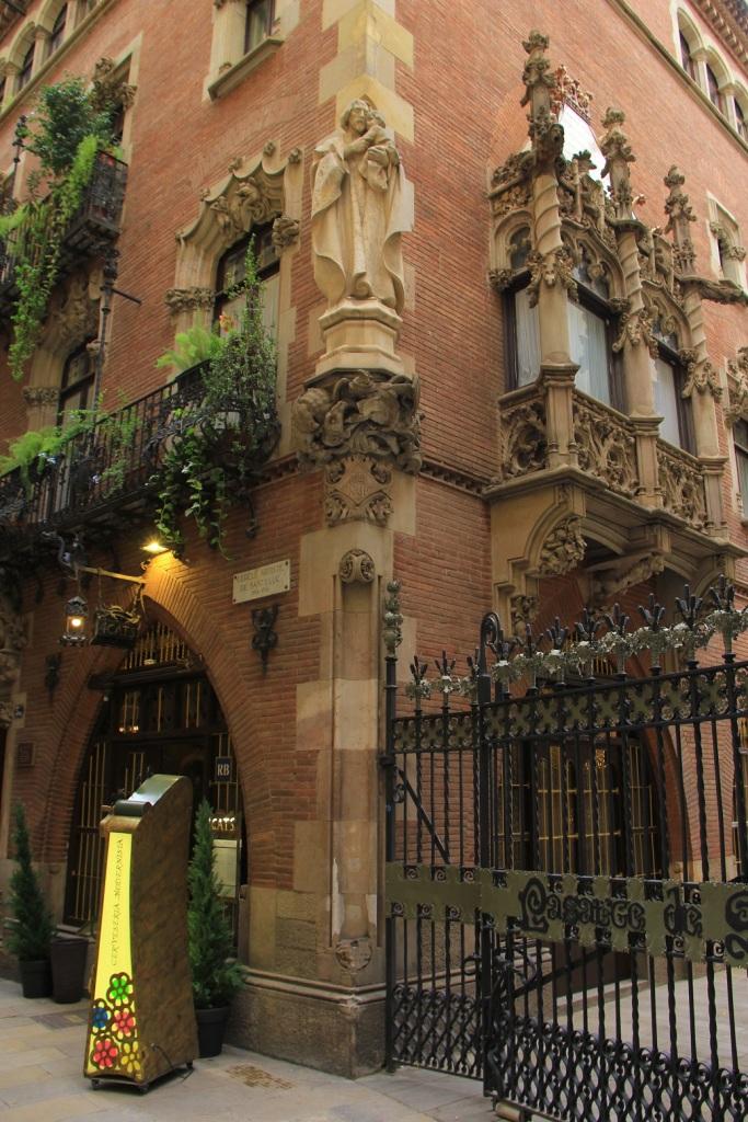 Barcelona Mirella 22
