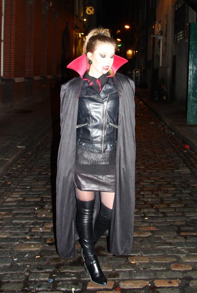 Mirella Halloween 11