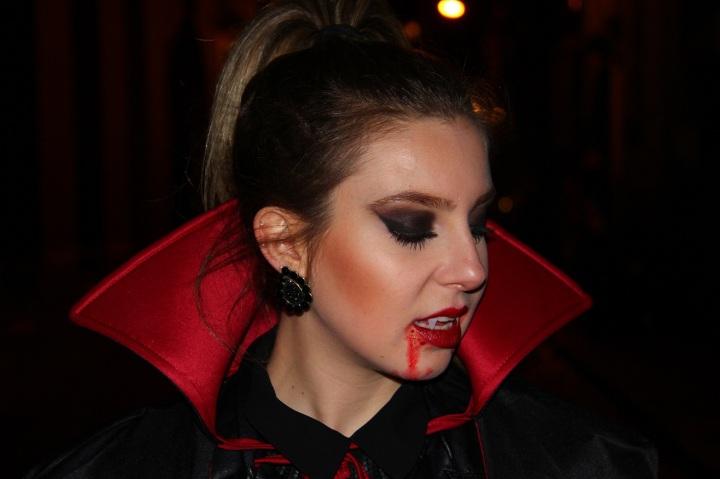 Mirella Halloween 6