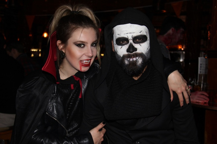Mirella Halloween 8