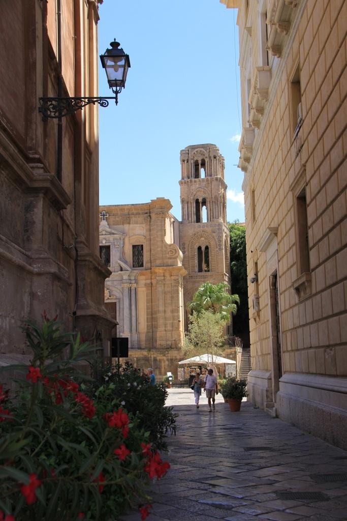 Palermo Mirella 22