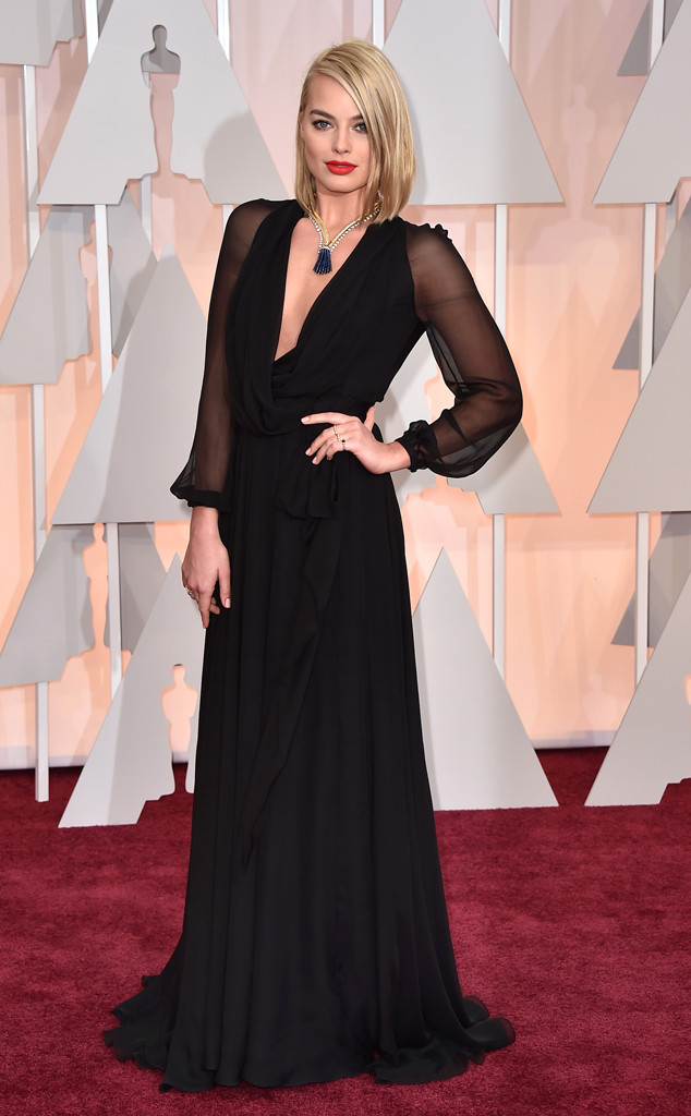 rs_634x1024-150222153646-634-margot-robbie-oscars.ls.22215