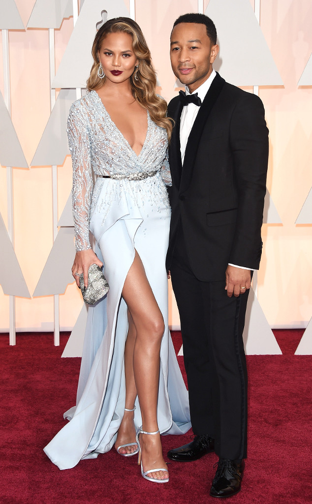 rs_634x1024-150222161243-634.Chrissy-Teigen-John-Legend-Academy-Awards.ms.022215