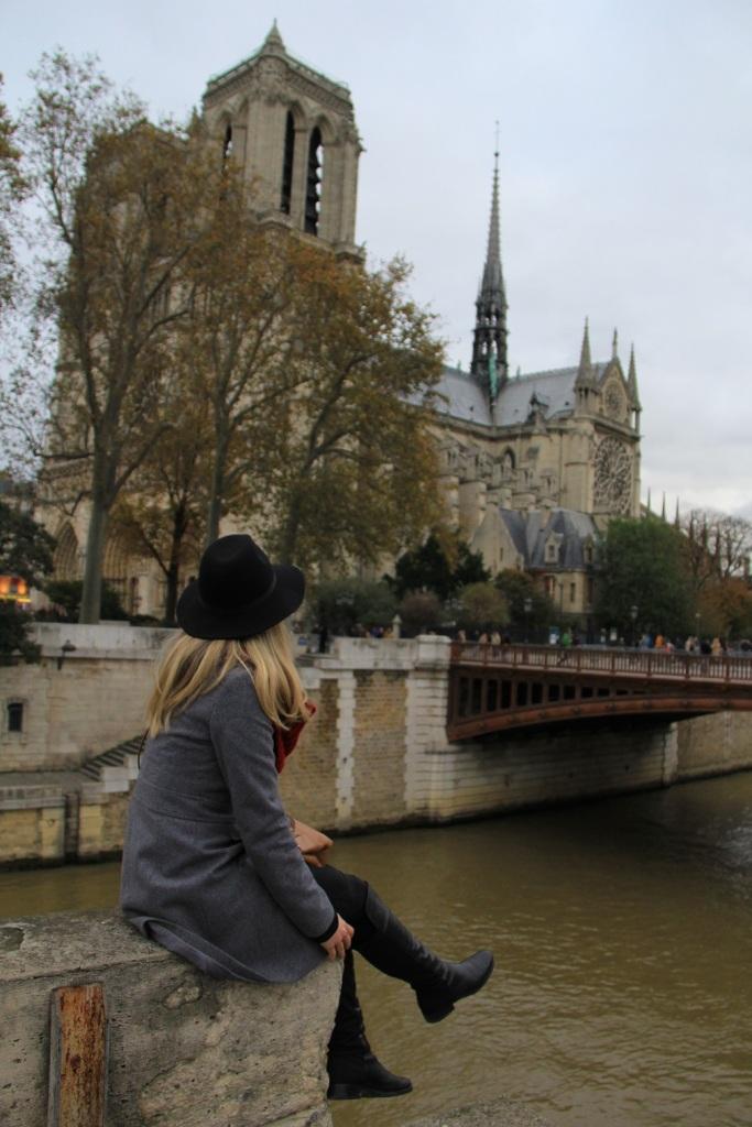 Parisiando Mirella 10