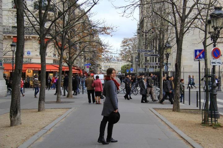 Parisiando Mirella 15