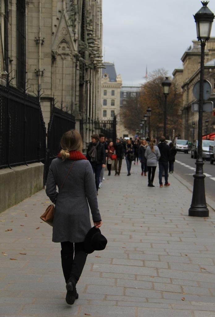 Parisiando Mirella 18