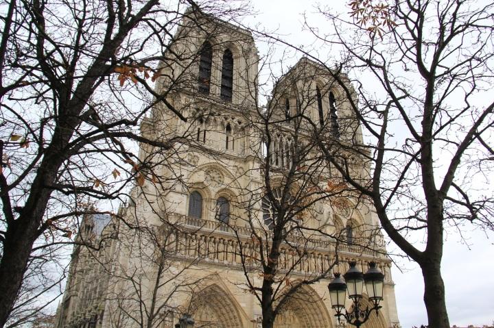 Parisiando Mirella 3