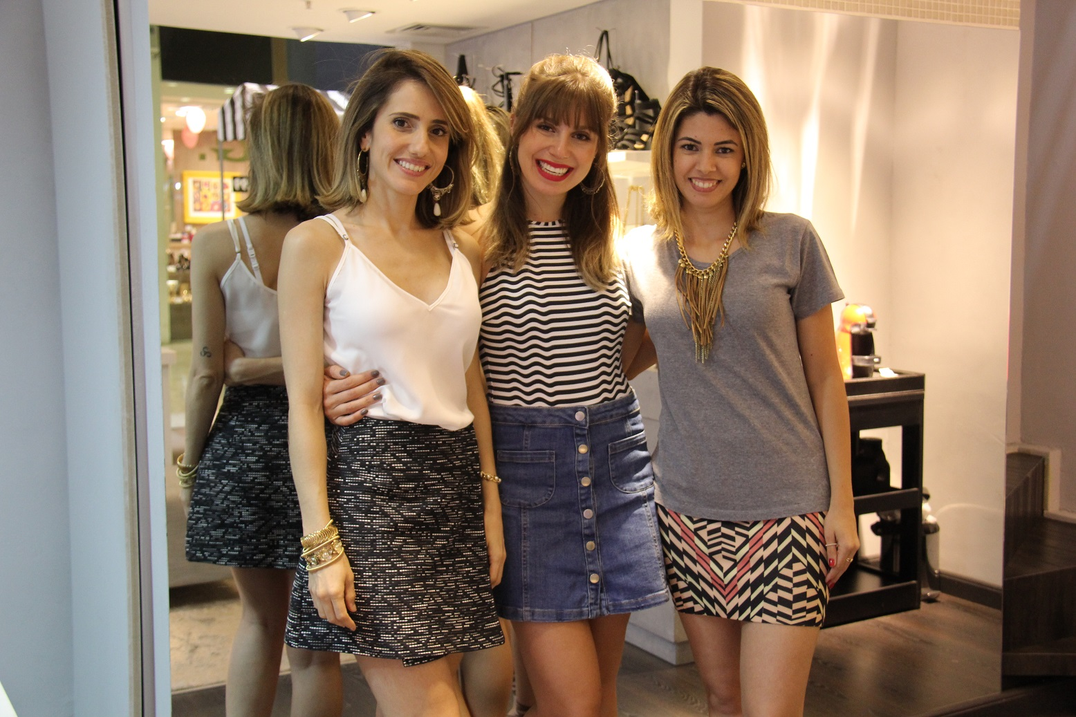0976d54c8 Mirella Welcome Lilly's Closet Ateliermix Bauru 12 Mirella Welcome Lilly's  Closet Ateliermix Bauru 21
