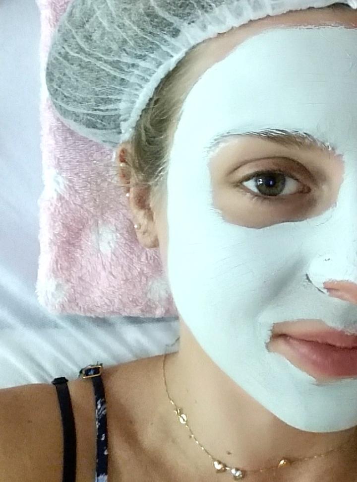 mirella limpeza de pele 5a