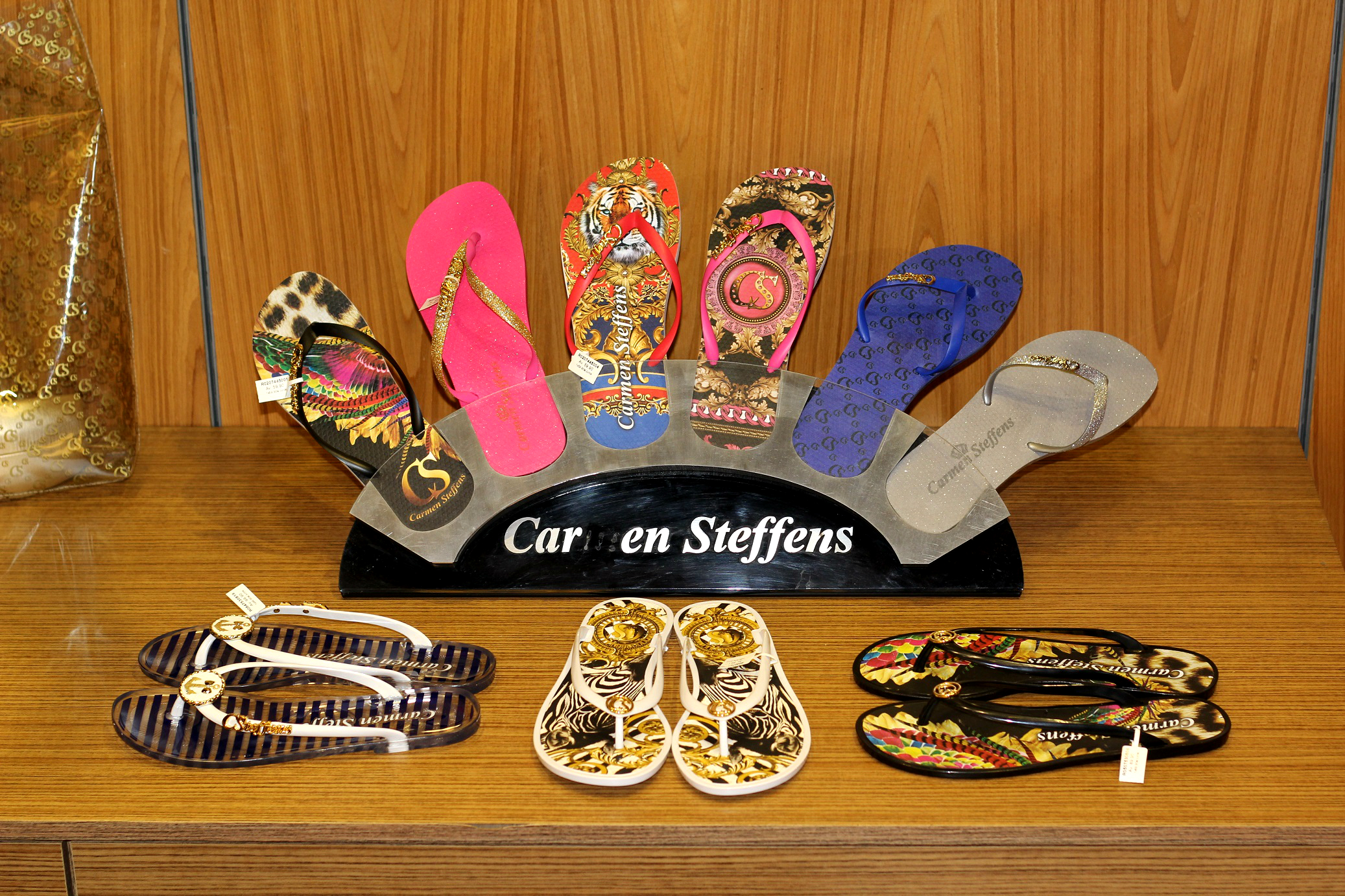 397feb274 Carmen Steffens: Peças ideais para presentear neste Natal! – Mirella ...