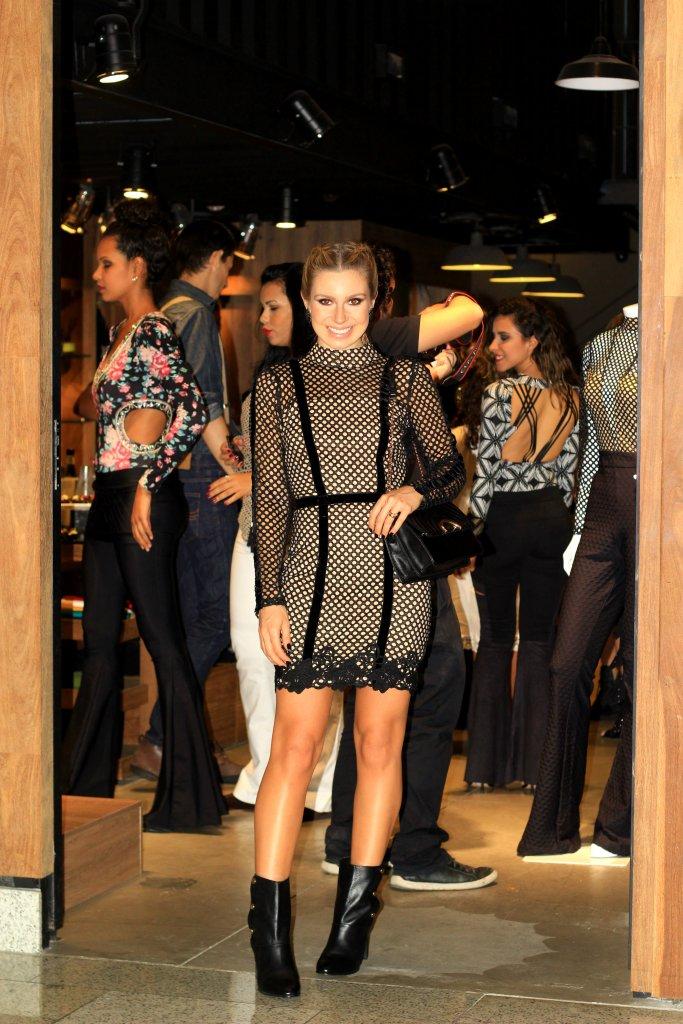 Mirella_Natalia_Baroni_Boulevard_Shopping_33
