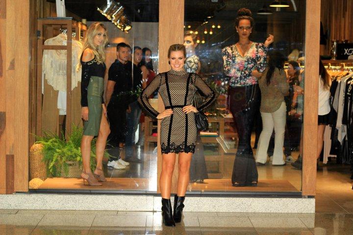 Mirella_Natalia_Baroni_Boulevard_Shopping_37