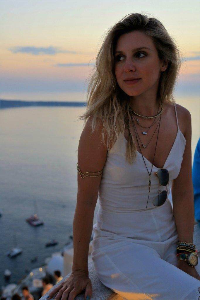 mirella_allwhite_santorini_35
